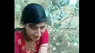 Indian village beauty hottie oozing love tunnel outd...