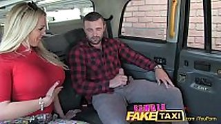Femalefaketaxi welsh guy acquires a fascinating surprise