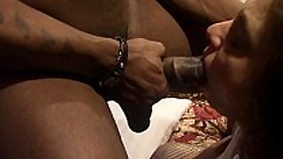 Bbc floozy connie swings sucking a bbc