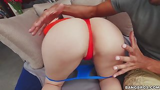 Horny slut with massive ass sucks and fucks dark rod